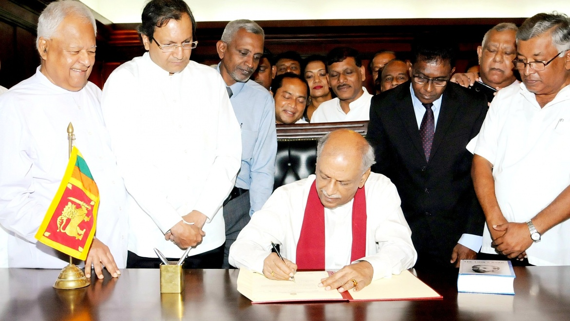Mr.Dinesh Gunawardena assumed duties as the Hon. Minister of Foreign Affairs